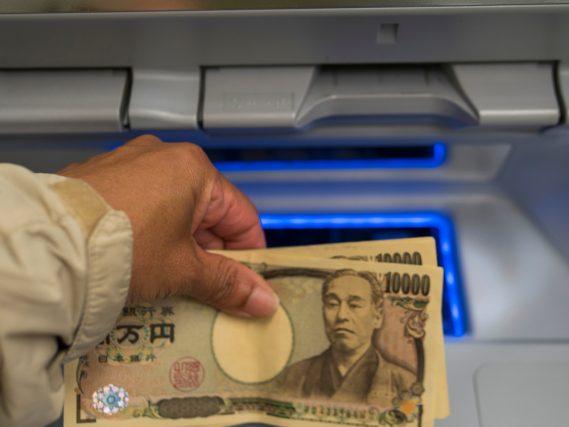 プロミスのATMと提携ATMでは操作方法が違う?ATMに関する疑問を解消