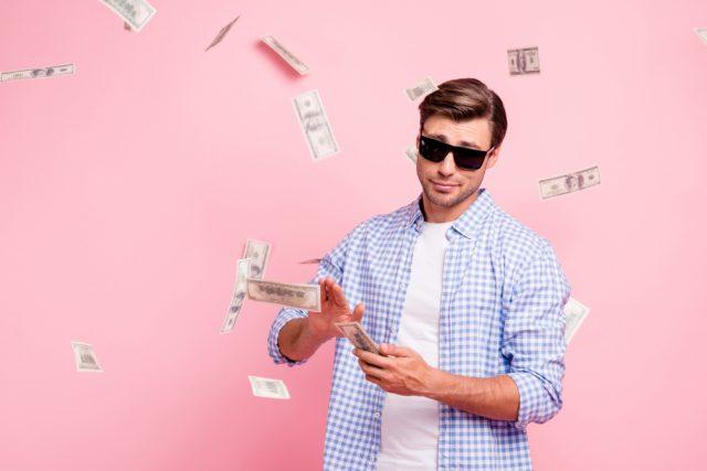 お金を稼ぐ方法が知りたい! おすすめの稼ぎ方や注意点を解説
