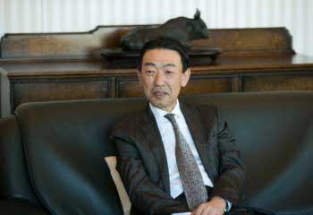 松井証券 代表取締役社長 松井道夫氏に聞く。自分のお金を守れるのは自分だけ。自律的に責任をもって自由に生き、投資に向かうことが、大きな経済活動につながる