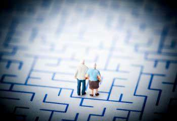 親の介護、どうすれば「介護離職」を避けられるか