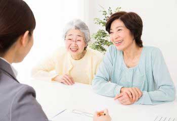 母(80歳)の保険が満期に、新たに入るべきでしょうか?