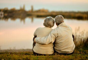 老後の貯蓄は4000万必要!?確認したい老後破産してしまう人の共通点