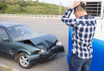 「借りるね!」軽い気持ちで借りた友人の車で事故に・・どうしよう・・