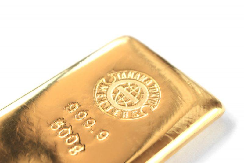先行き不透明な時代、「金」投資であなたの資産を守る!金を購入するポイントとは?