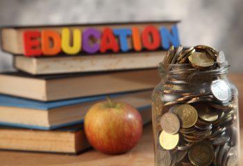 大切な孫の教育資金を賢く贈与税で減らさずに贈る方法
