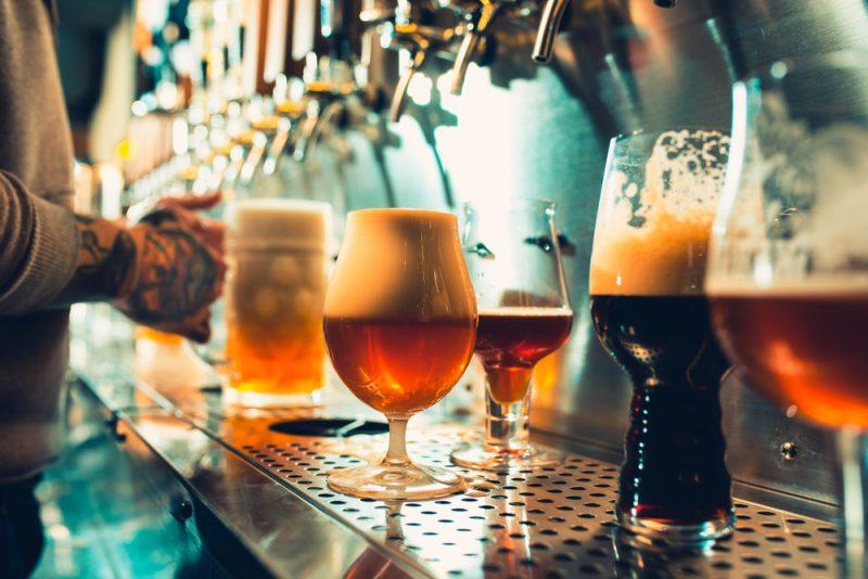 ビールで年間いくらの税金を払っているのでしょう?ビール缶221円(税込み)の 酒税額を知っていますか?