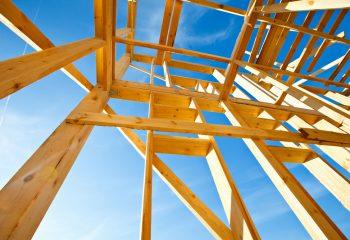 あなたが住宅を購入するならどっち? 新築 VS 中古  それぞれの強みと弱み