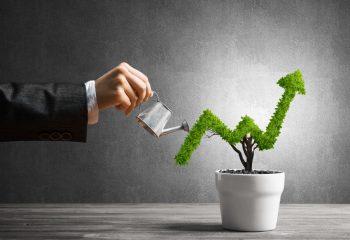投資信託が投機・ギャンブルと違うのは、基本は長期視点!特性を学びながら階段を上ろう!