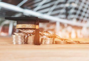 大学資金の準備方法「保険で貯める」 そんなときの保険の選び方と3つの注意点って?