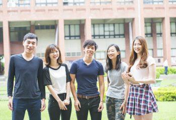 本格的な受験シーズンへ…事前に確認しておきたい、大学の受験や宿泊にかかる費用と傾向って?