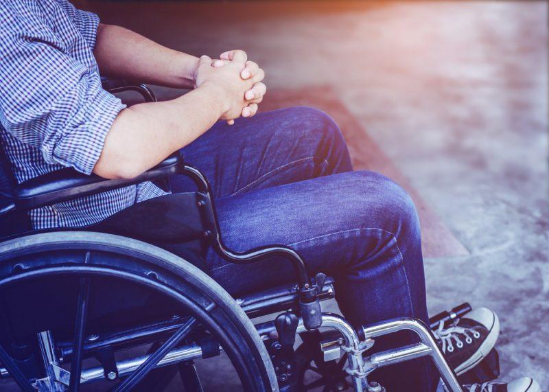 親が寝たきりなど、重度の介護が必要に…そんなとき頼りになる「障害者控除」とは