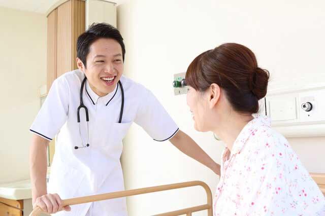 あれ?入院日数は短期化していても、入院費用は増加している謎