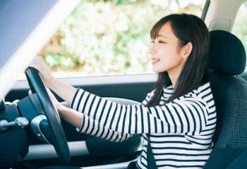 友人の車を借りて事故を起こしてしまいました。保険はどれを使う?自動車保険の対象の範囲とは?