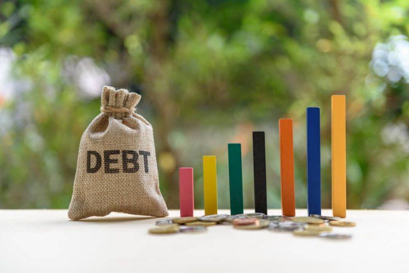 国が唱えている「貯蓄から投資」だけど、知識がない状態は注意!