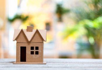 住宅ローンの繰上げ返済で利息は減る? 返済のポイントとは