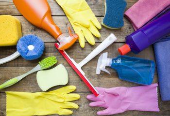 大掃除にプロの手を借りる活用術!片付けながら部屋の模様替えもいかが?