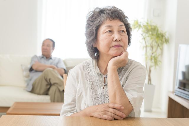 夫婦が離婚すると年金はどうなる? (4)‐既に年金を受給している場合の年金分割と注意点‐