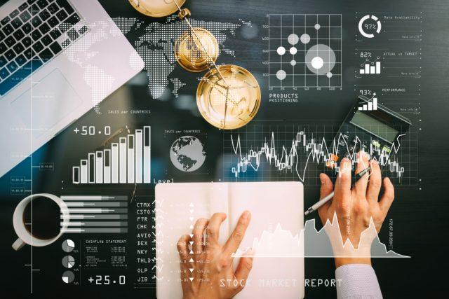 株式の指標であるPERとは? 3つの比較方法を交えて解説