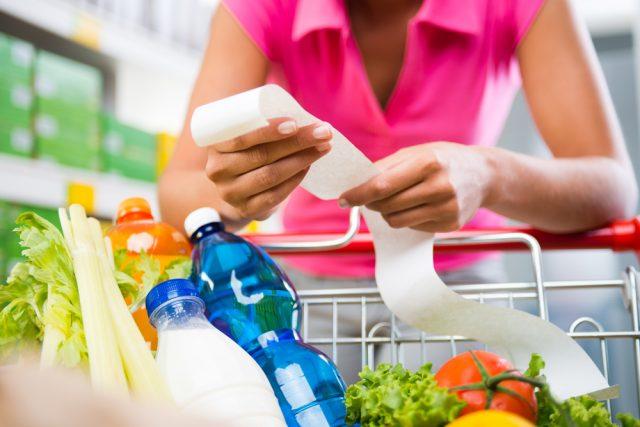 我が家は使いすぎ?よそのご家庭の食費ってどのぐらいなの?