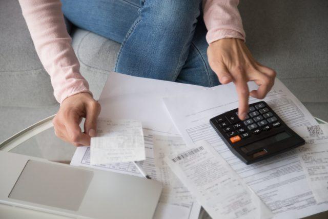 【家計の疑問】家計の見直しの際に固定費は何%にとどめるのが良いの?