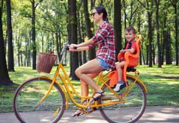 自転車に子どもを乗せるときの注意点。自転車保険は必ず入るべき?