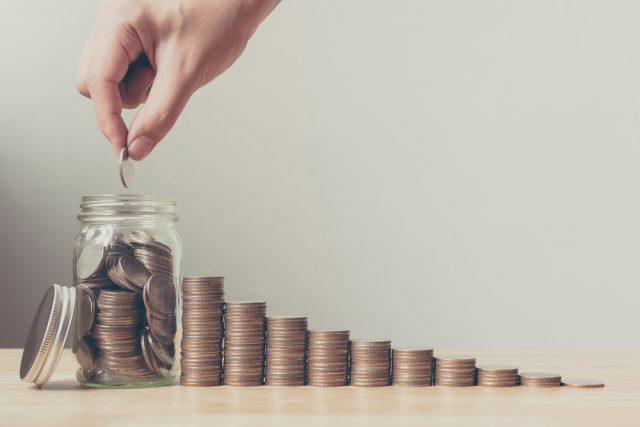 10月から開始!年金生活者支援給付金制度(2) 所得基準額を超えても給付金がある?