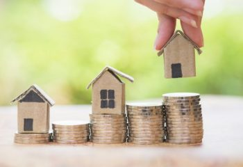 「家計が大変で住宅ローンが払えません」競売を避けて任意売却する方法