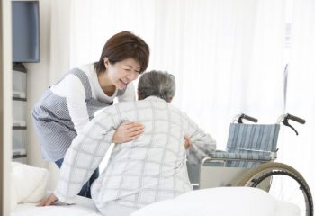 介護が不安…介護経験者から実態を学んでおこう(1)