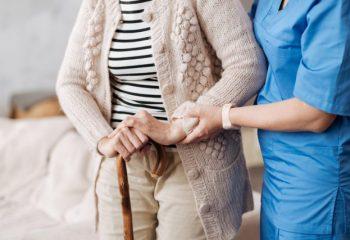 介護が不安…介護経験者から実態を学んでおこう(3) 費用はどれくらい?