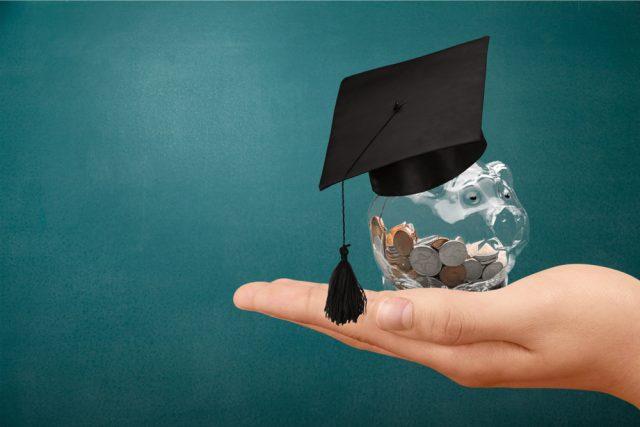 2020年進学者から変わる奨学金制度。対象者と注意点は?