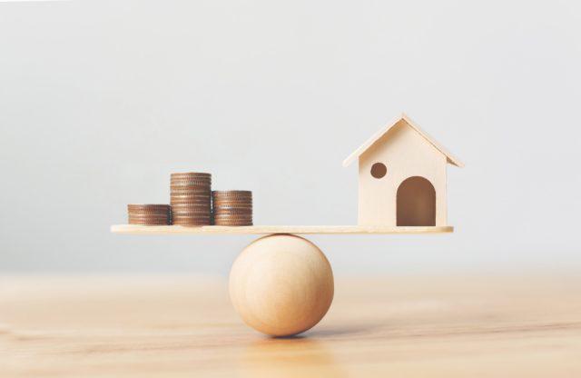 【住宅ローンの金利】借入金3000万・借入期間30年。2%の金利の違いが返済額をどれだけ変えるのか