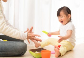 対象も性質も異なる「出産手当金」と「出産育児一時金」育児に関わる給付金
