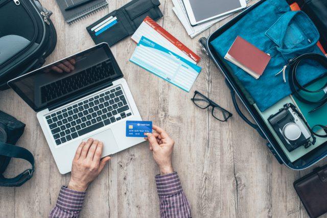 海外旅行保険はクレジットカードで充分!?  旅行前に補償内容をチェックしておこう!