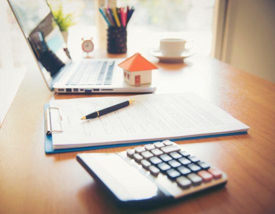 住宅ローンを組むとき、まずは知っておきたい「金利」と「返済方法」の基本