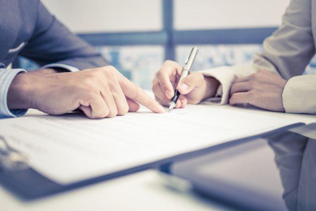 【保険会社の不正販売問題】不利益な契約をしないためにはどうしたらいい?