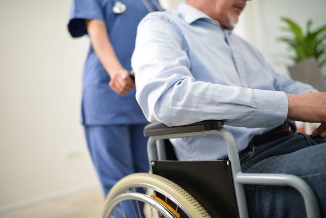 【FP監修】公的介護保険の申請方法と注意点を解説
