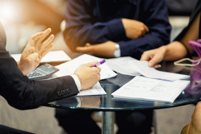民間保険に入る前に知っておきたい、国の保険の保障内容とは?