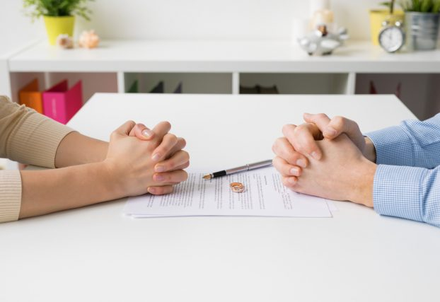 40代からの離婚。財産分与について確認すべきポイントとは?