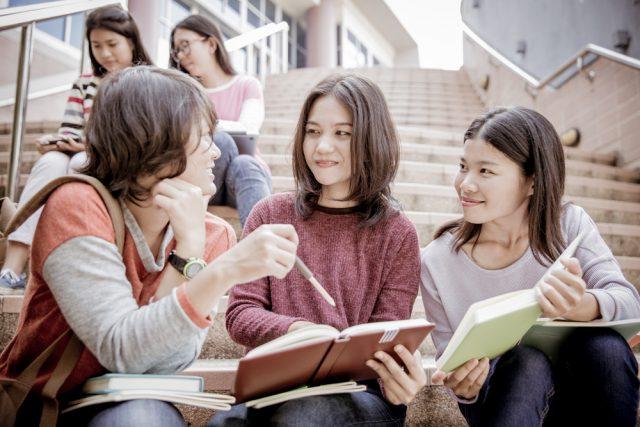 2020年度からセンター試験は「大学入試共通テスト」へ。英語の試験や検定料はどう変わる?