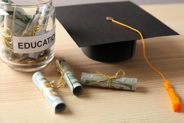 奨学金の返済ができなくて自己破産。知っておきたい奨学金の基本