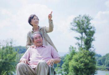 介護にかかる年数・費用はどれくらいなの?