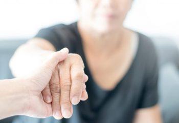 認知症に備える「認知症保険」は必要か? 保障内容と傾向を解説