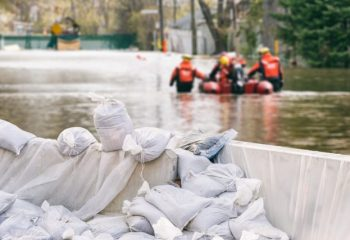 火災保険に水災補填を付けた方がいい?付けない方がいい?注意点を解説