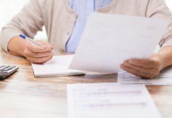 会社員に多い社会保険料の控除漏れ。家族分は確定申告が必要って知っていますか?