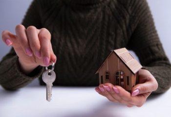 自分が亡くなった後、自宅はどうなる?住まいの終活で考えられる4つの選択肢