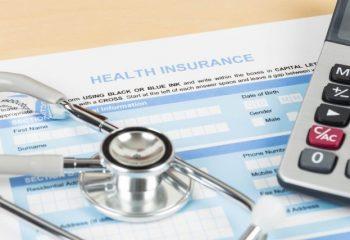 終身医療保険、「終身払い」「60歳払済」 のどちらがお得?