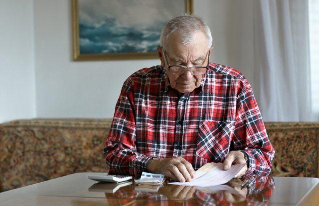 退職金を受け取ったら、知っておきたい! 老後のための有効な使いみちって?