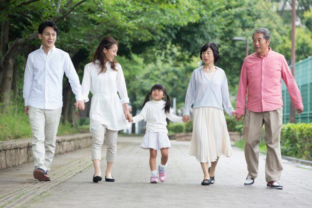 2020年4月改正で健康保険の扶養に入るには日本に住んでいることが原則に!