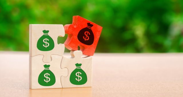 年収1000万円でも手取りは年々減っている?給与所得者か自営業者かで扱いが違う?手取りの実態