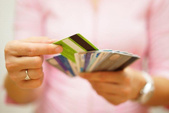PayPay(ペイペイ)に登録できるクレジットカードって?利用金額上限はいくら?